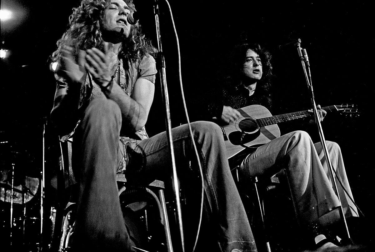 1200px-Led_Zeppelin_acoustic_1973